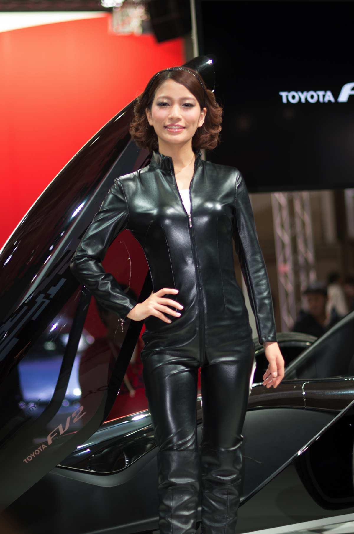大阪モーターショー2013年4日目コンパニオン24