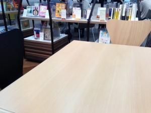 アサヒラボガーデンテーブル