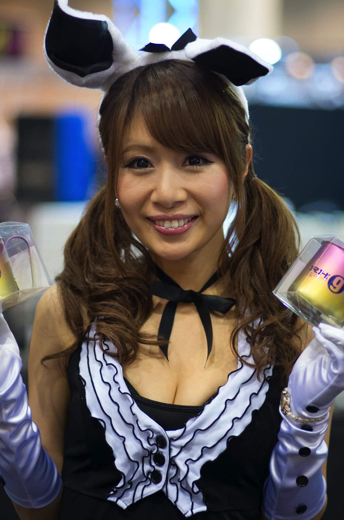 2014オートメッセ1日目コンパニオン14