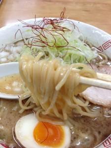 弥七ラーメン麺