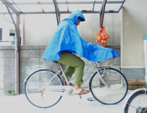ポンチョ自転車かご付き