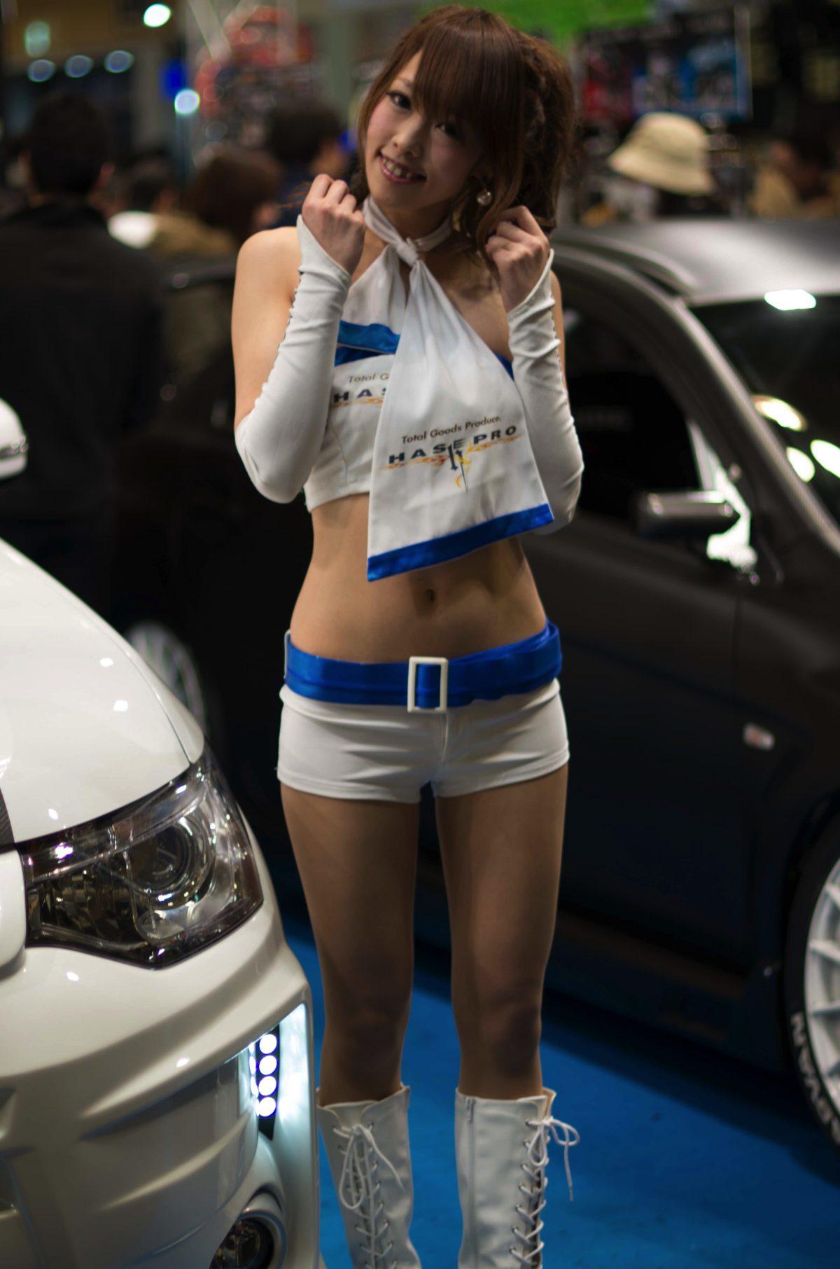 2014オートメッセ2日目コンパニオン2